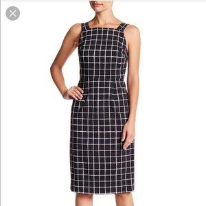 Betsy Johnson sleeveless windowpane print dress
